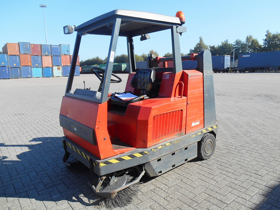 Hako Jonas 1450D Diesel Ride On Sweeper